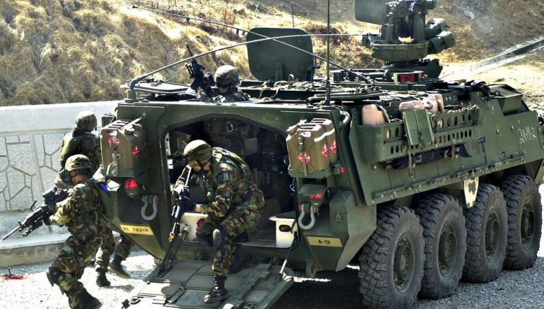 Солдаты научатся видеть сквозь бронемашины