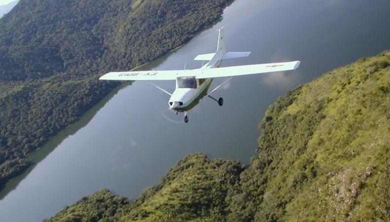 Легкомоторный самолет Cesna