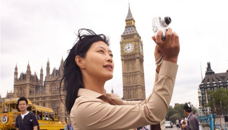 китайские туристы в Лондоне