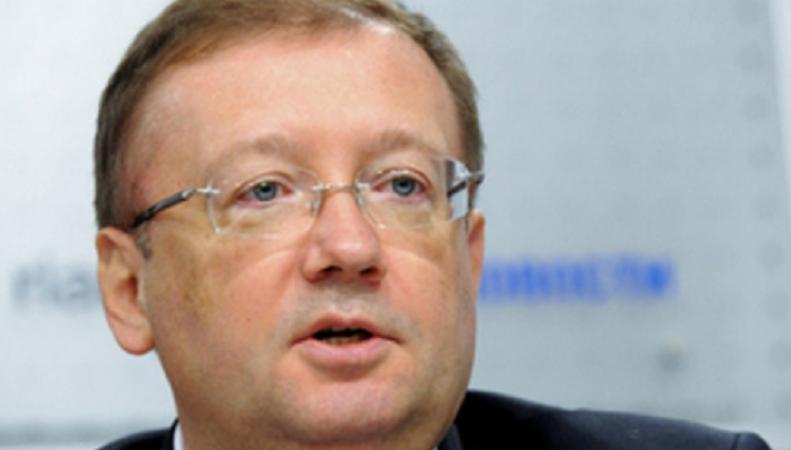 Александр Яковенко: Британия оказывает визовое давление на дипломатов из России