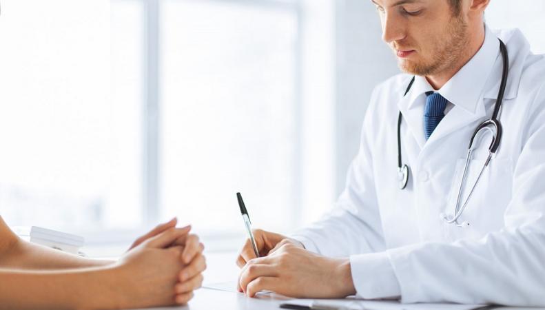 В Великобритании участились случаи фальсификации врачами медицинских документов