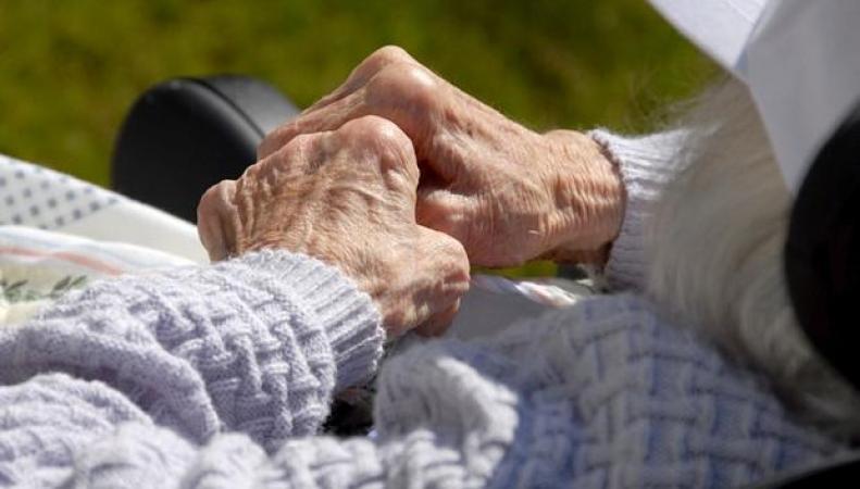 лечение деменции в государственных больницах Великобритании