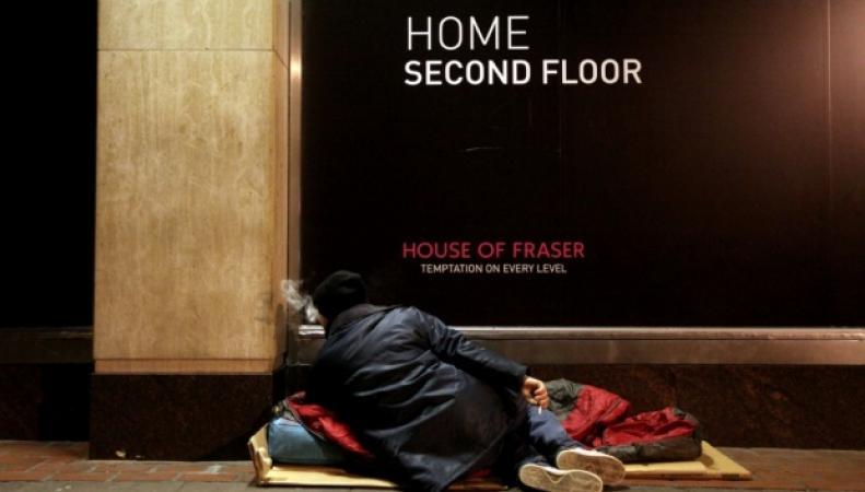 Бездомный на улице Лондона