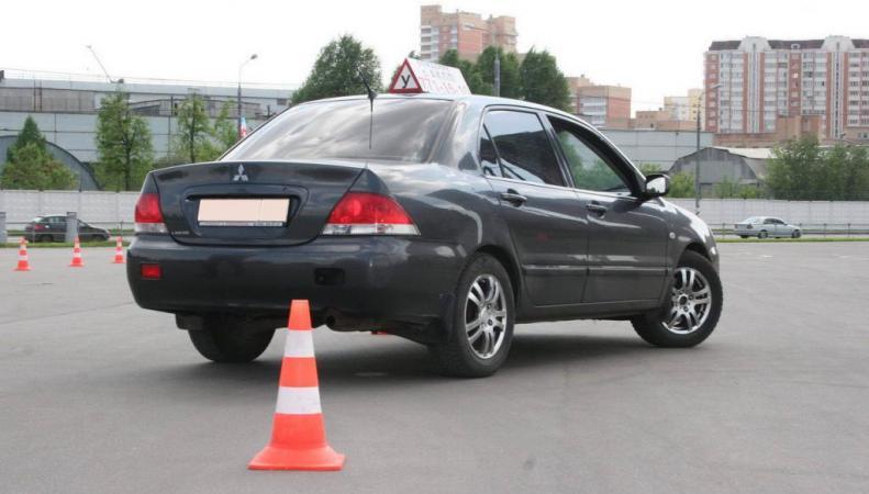 Новые правила сдачи экзаменов на водительские права в России вступают в силу 5 ноября 2014 г., http://spokoino.ru