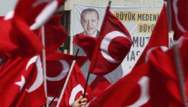 """Эрдоган превратил Турцию в """"изгоя"""""""
