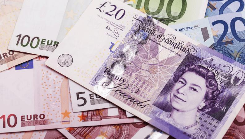 фунты стерлингов и евро