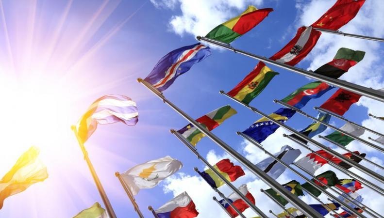 Жестких санкций ЕС против России хотят только страны постсоветского блока
