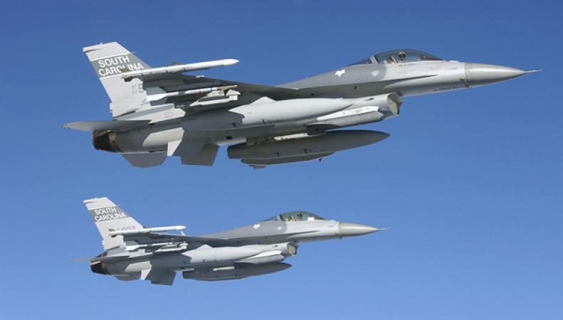 Истребители F16
