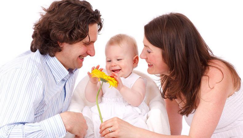 Излишний родительский контроль вреден для благополучия детей, - ученые