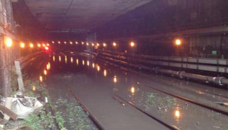 Коммунальная авария в туннеле