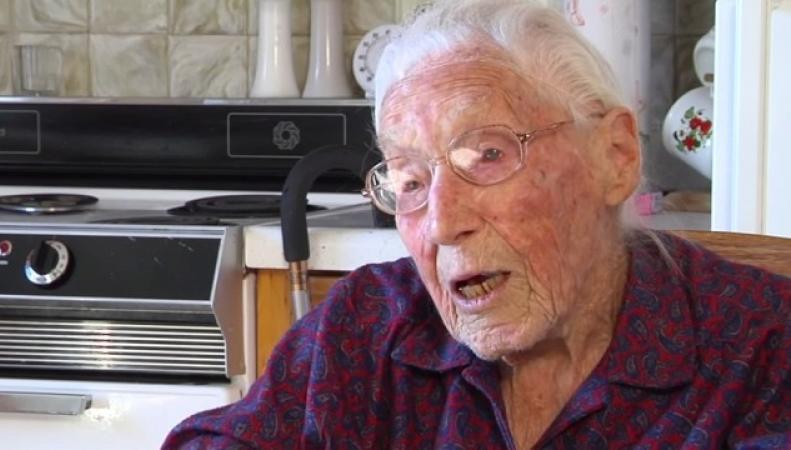 Анна Стоэр 113-летний пользователь Facebook