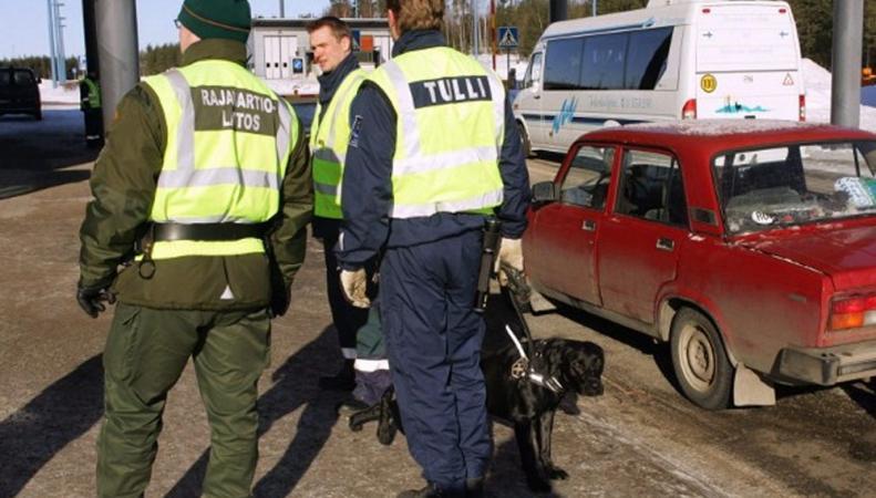 Финские таможенники