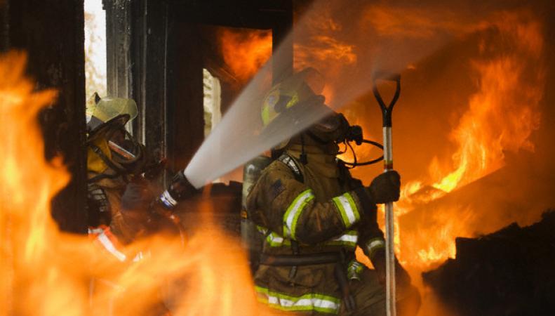 Глазго: пожар охватил здание Школы искусств