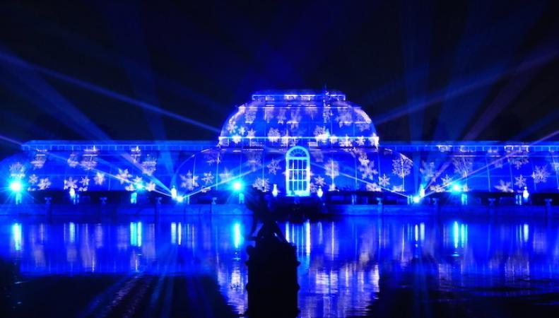фестиваль света в Кью-Гарденс