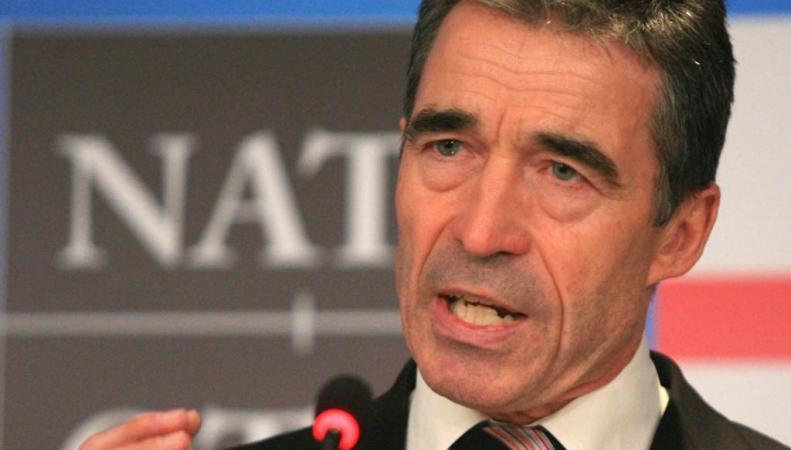 Генсек НАТО заявил о российский войсках на украинской границе и пригрозил санкциями