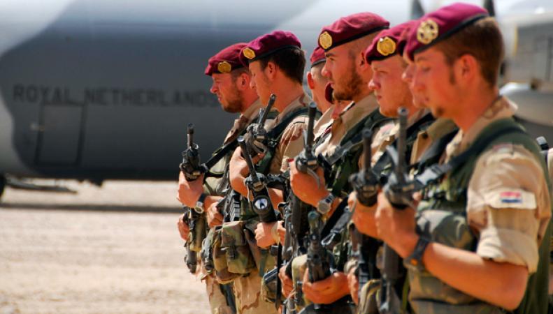 Голландские военные