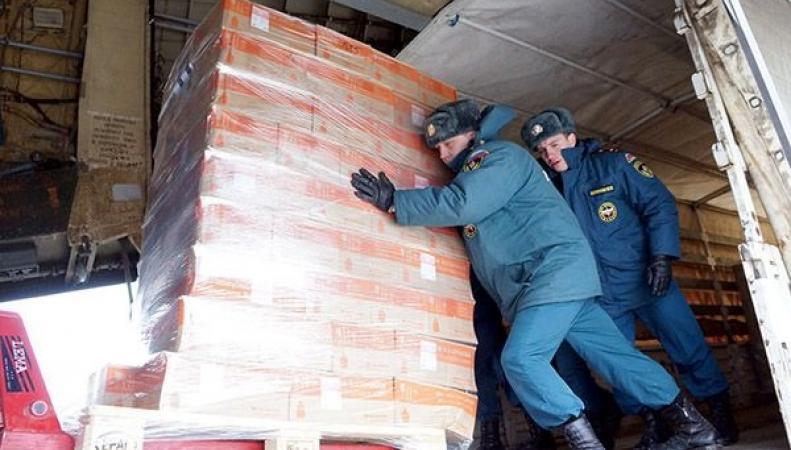 МЧС России начало формирование очередного гуманитарного груза для жителей Донбасса