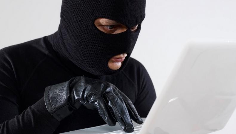 Хакеры из России взломали базу данных в США