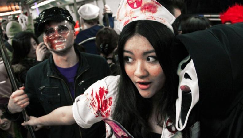 Хэллоуин в метро