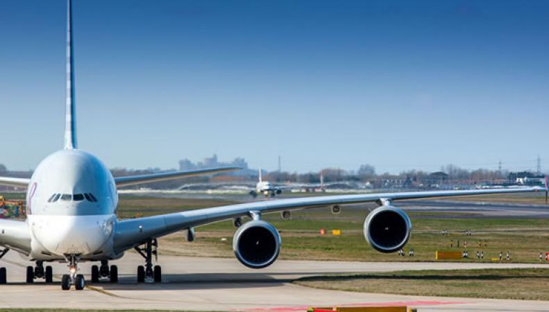 самолет в Хитроу