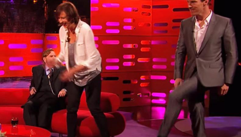 Бенедикт Камбербэтч танцует