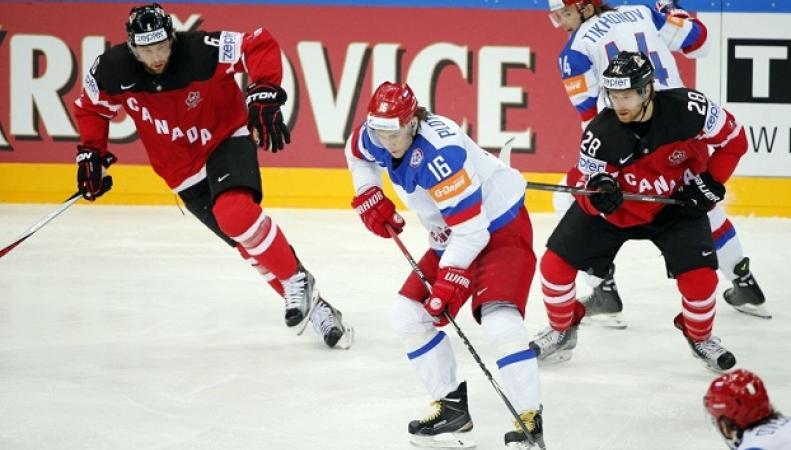 Российские хоккеисты сильно переживают поражение от канадцев в финале ЧМ