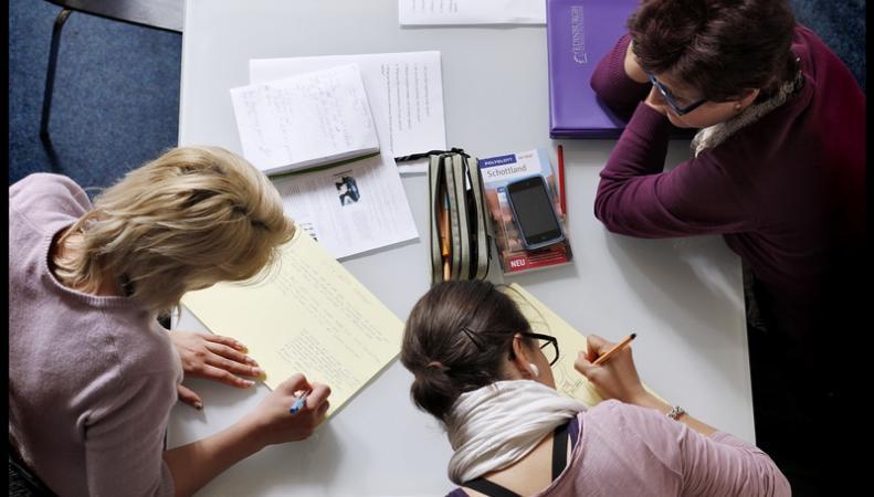 В университетах Великобритании сокращается число иностранных студентов