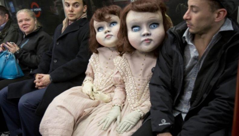 ростовые куклы в метро