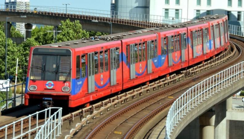 Доклендское легкое метро