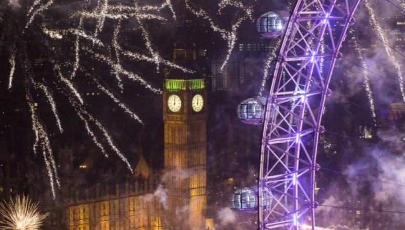 лондонский новогодний фейерверк