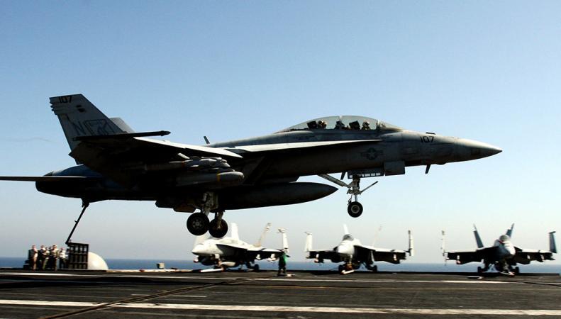 Американское командование нанесло 14 авиаударов по исламистам в Ираке