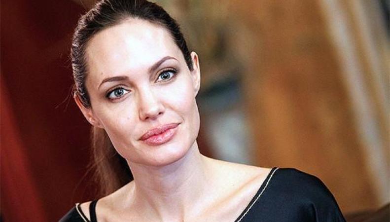 Анджелина Джоли потрясла пламенной речью парламент Британии