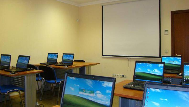 Разработка специального хостинга даст возможность школам создавать безопасные сайты