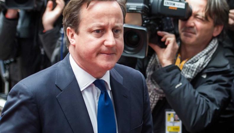 Дэвид Кэмерон предложил помощь ЕС