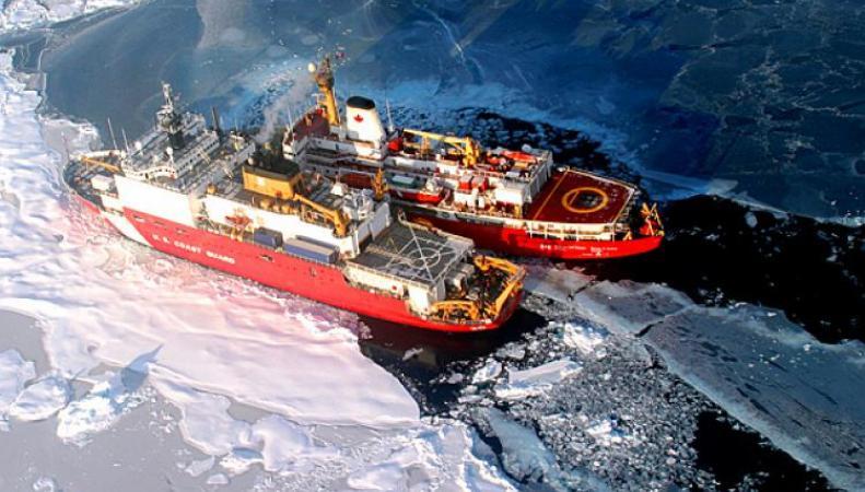 Ледоколы в Арктике