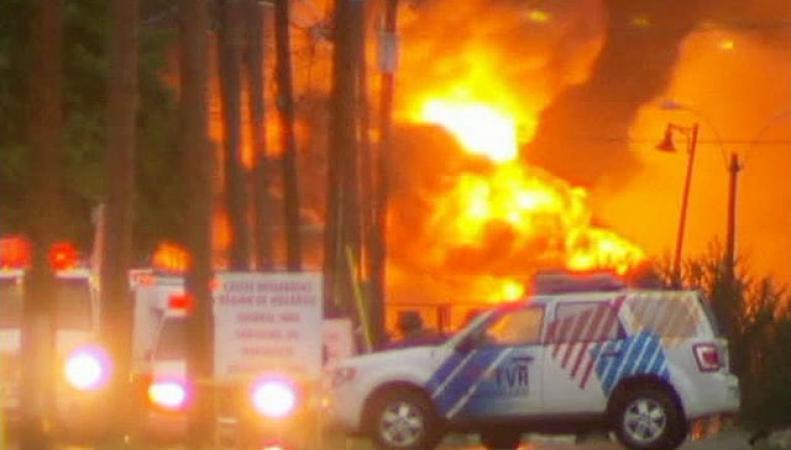 Пожар на станции в Канаде