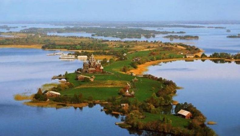 The Telegraph назвала 10 достопримечательностей в России, обязательных для посещения британцами