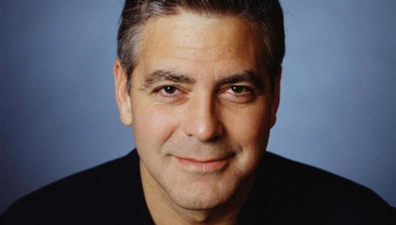 Клуни помолвлен с британским адвокатом