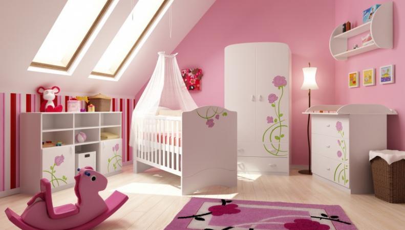 Детская комната новорожденной девочки
