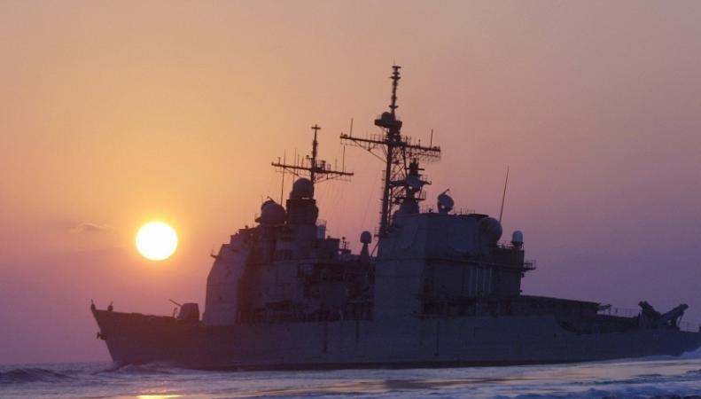 Военный крейсер США