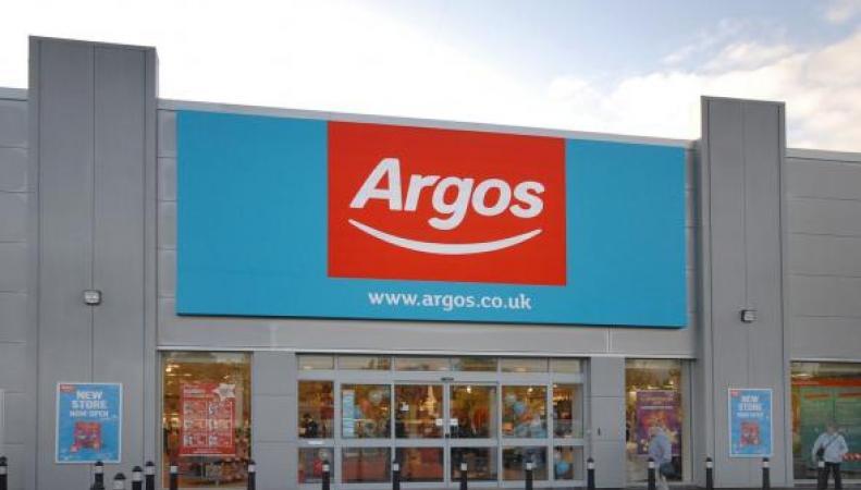 Британский ритейлер Argos открыл первый инновационный цифровой магазин