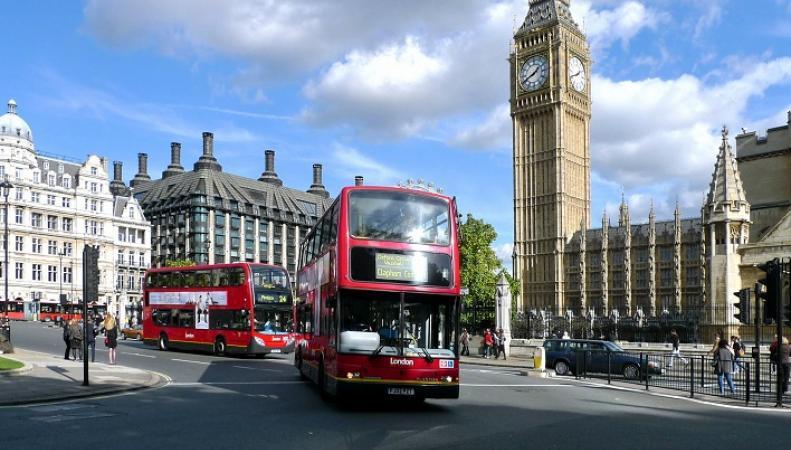 """Посольство РФ отвечает газете """"Коммерсант"""" на статью о """"преступлениях дипломатов в Лондоне"""""""