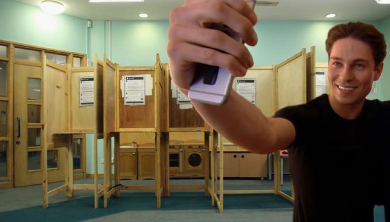 селфи на избирательном участке