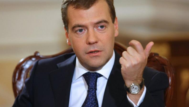 Сдержать рост цен на продовольственные товары поручил Медведев, http://skandaly.ru/