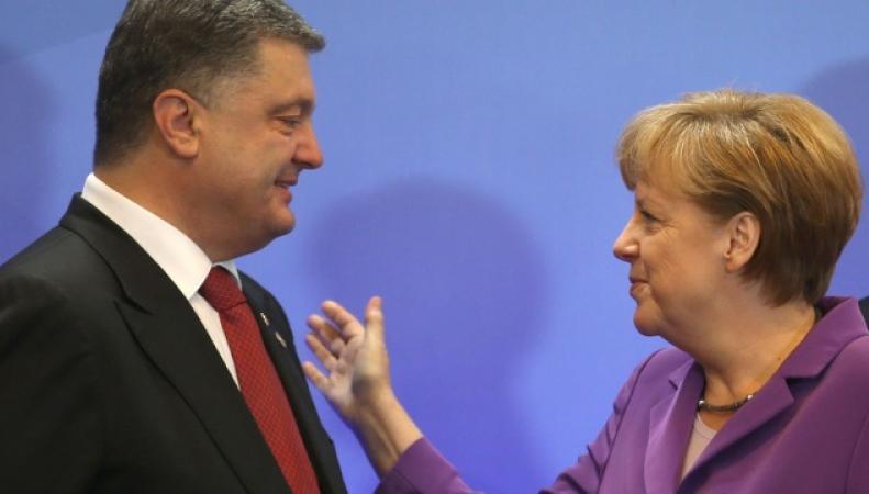 Петр Порошенко пригласил Ангелу Меркель в Украину