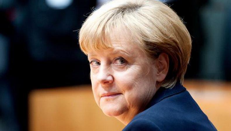 Пьедестал Меркель дрогнул: канцлер вошла в «зону прощания» с властью