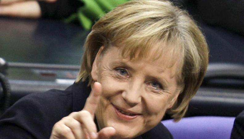 Ангела Меркель не видит возвращения России в G8