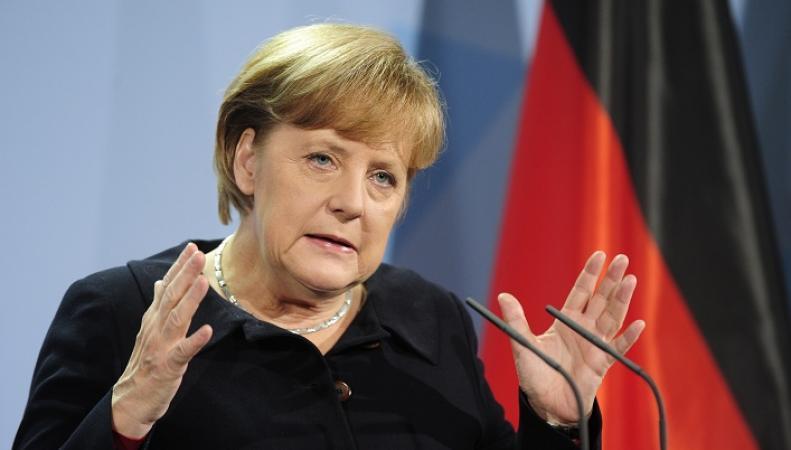 Ангела Меркель: обе стороны конфликта на Украине нарушают перемирие
