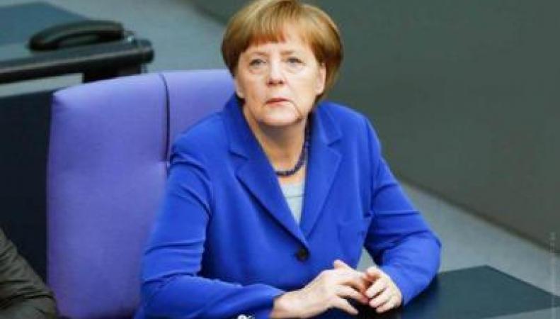 Меркель перечислила требования к Греции