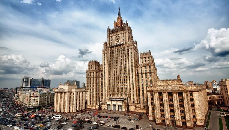 МИД РФ: поправки Порошенко в Конституцию Украины противоречат Минским соглашениям